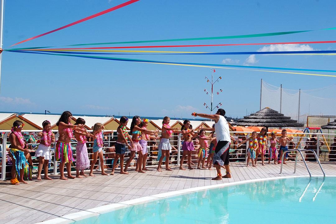 Hotel 2 stelle a cattolica con spiaggia convenzionata for Bagni stella marina cattolica